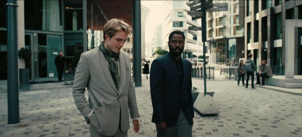 Robert Pattinson és John David Washington
